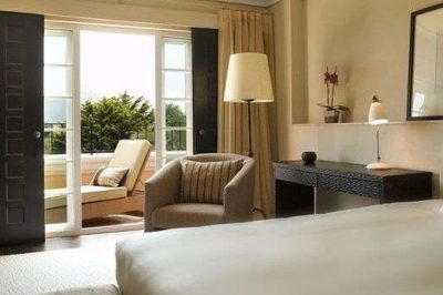Royal Club Twin/Double with Golf/Pool View