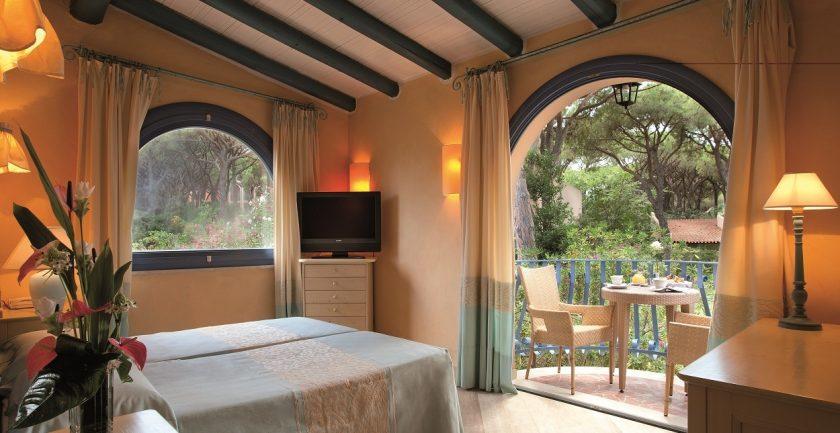 Forte Village Resort Le Palme Superior Roof Bungalow