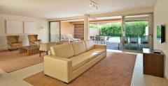 Salgados Beach Villas Living Room Pool Terrace mtime20200910112512
