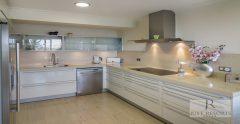 Villa 1 Kitchen 1938X1000