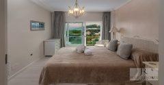 Villa 1 Master Bedroom 1938X1000