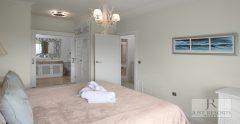 Villa 1 Master Bedroom 2 1938X1000